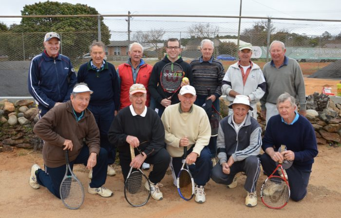 SYNTHETIC FINISH FOR NORTH ARMIDALE TENNIS CLUB COURT