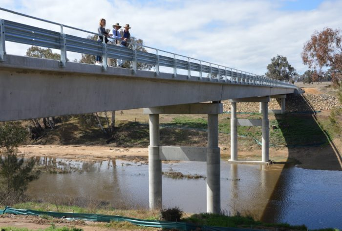 COUNTDOWN TO OPENING OF NEW EMU CROSSING BRIDGE AT BUNDARRA