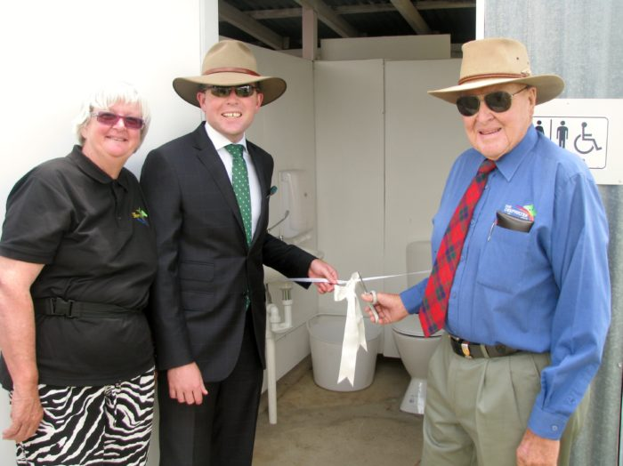NEW FACILITIES A FLUSHING SUCCESS AT DEEPWATER RACECOURSE