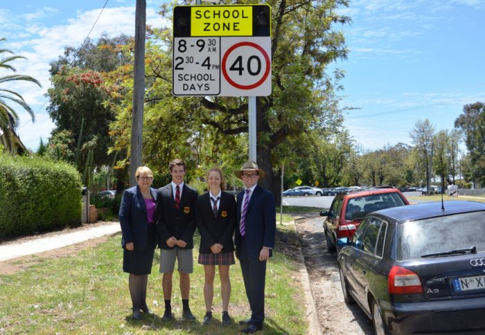 EXTRA SET OF FLASHING LIGHTS TO KEEP STUDENTS SAFE AT INVERELL HIGH