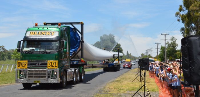 FIRST WHITE ROCK WIND FARM TURBINE BLADE WINGS ITS WAY NORTH