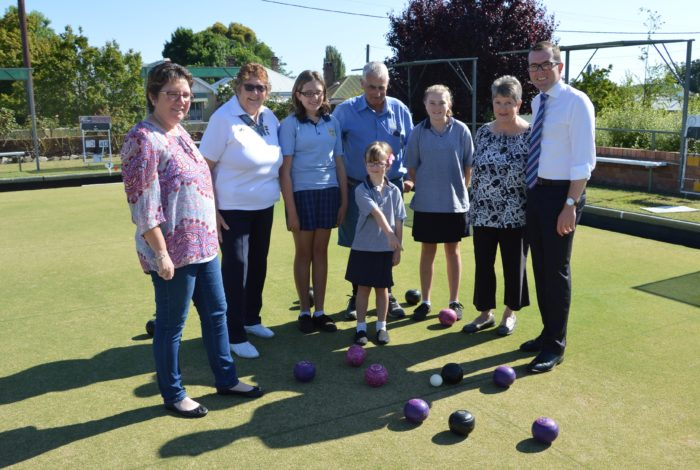 GLEN INNES CLUB BOWLED OVER WITH $8,900 GREENS MOWER FUNDING