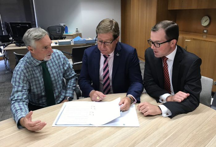 MEETING WITH MINISTER RAMPS UP NEW INVERELL POLICE STATION CAMPAIGN