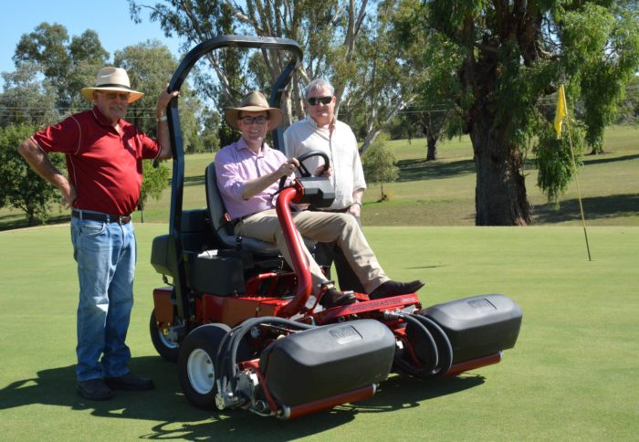 NEW MOWER PUTS BINGARA SPORTING CLUB AT THE CUTTING EDGE