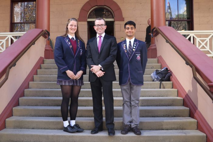 ARMIDALE STUDENT LEADERS TOUR STATE PARLIAMENT