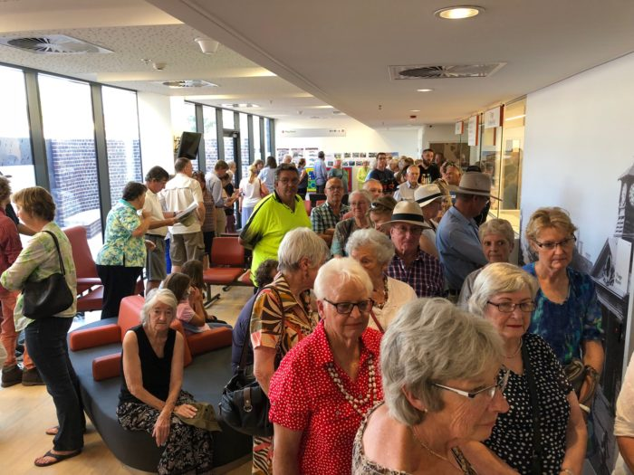 HUGE CROWDS TOUR ARMIDALE HOSPITAL OVER WEEKEND
