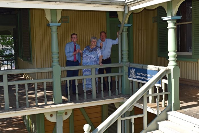 120-YEAR-OLD MOREE CROWN LANDS BUILDING HANDED OVER TO COMMUNITY