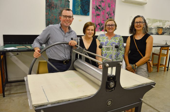 ARMIDALE'S BLACK GULLY PRINTMAKERS FUNDED TO GET FRAMED