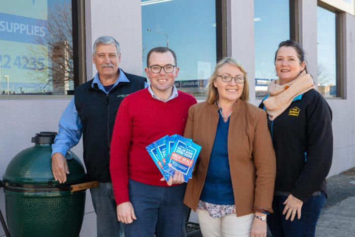 MARSHALL SPLASHES OUT TO SUPPORT INVERELL BUSINESSES