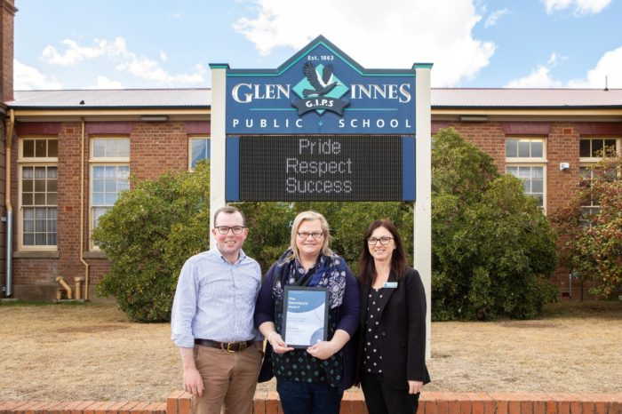 GLEN INNES PARENT RECOGNISED FOR CONTRIBUTION TO PUBLIC EDUCATION