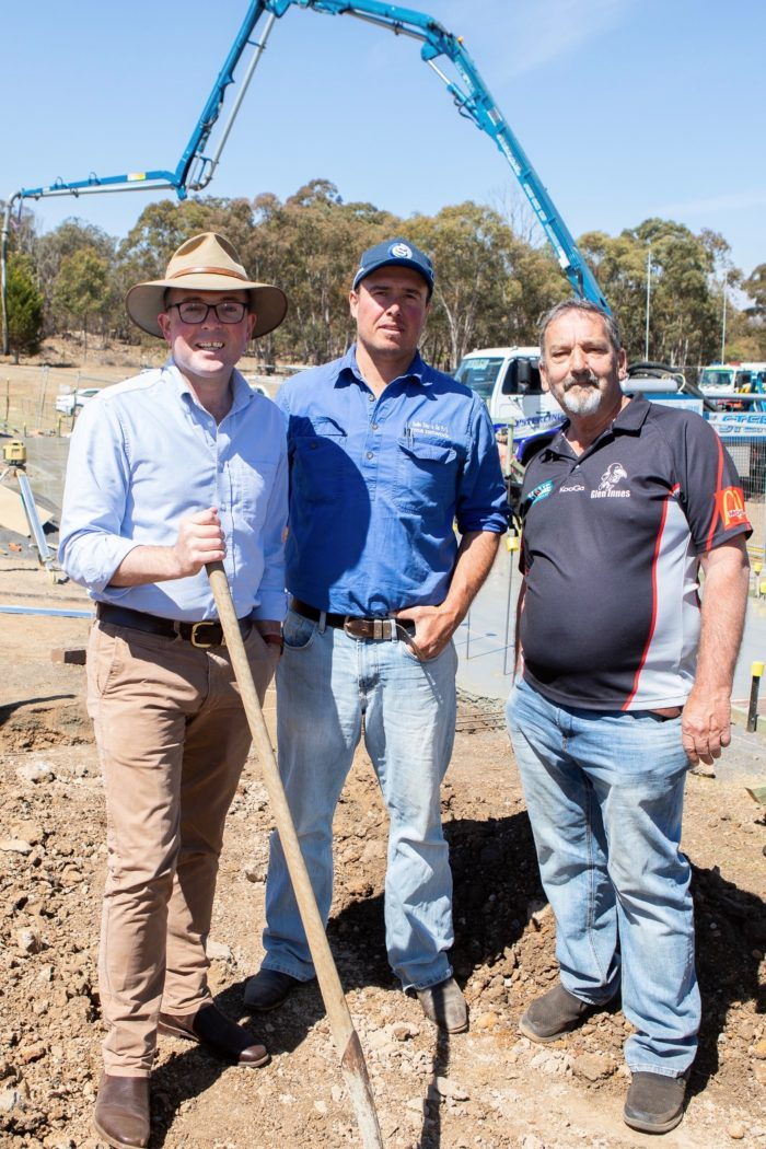 KICK OFF FOR $471,770 REDEVELOPMENT OF GLEN INNES' KERRY MEAD PARK