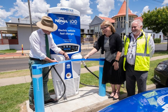 NEW ELECTRIC VEHICLE CHARGER TO POWER UP ARMIDALE REGION TOURISM