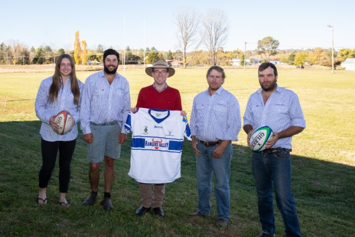 $5,000 BAGS NEW PLAYING UNIFORMS FOR GLEN INNES ELKS RUGBY UNION
