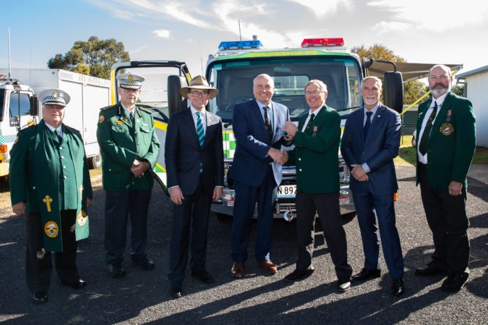 $220,000 ROLLS NEW VEHICLE INTO INVERELL VOLUNTEER RESCUE SHED